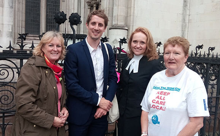 Roseanne Edwards (Banbury Guardian), Rowan Smith of Leigh Day, Samantha Broadfoot QC of Landmark Chambers, and KTHG vice chair Charlotte Bird pictured outside the Royal Courts  			of Justice, December 2017.