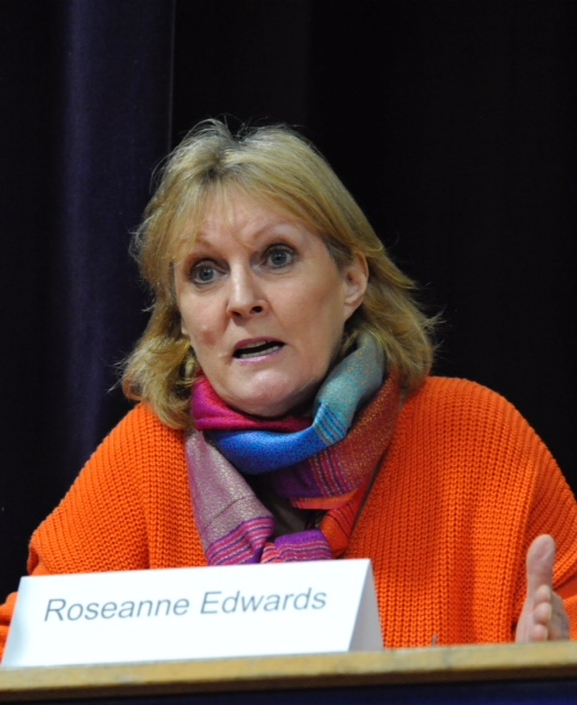 roseanne edwards speaks at community meeting, feb 17